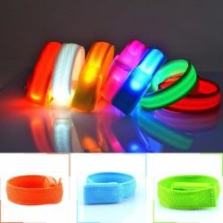 LED šviečianti apyrankė (Medžiaginė)