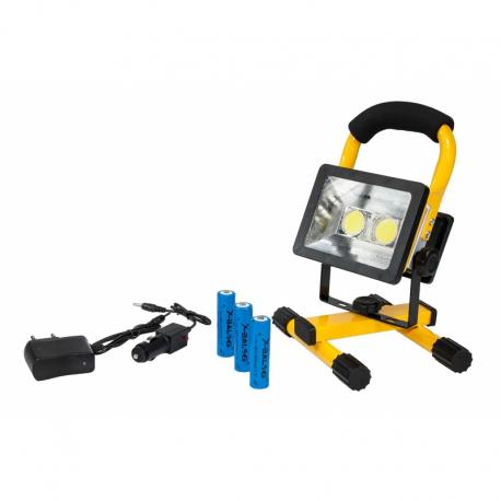 LED įkraunamas lauko prožektorius (30W)